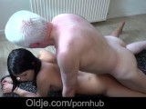 Gorgeous Brunette Teenager Fuck With 64 Old Man