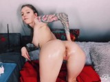 Cute Teen Teasing With Her Slim Body In Oil With A Striptease – RedFox